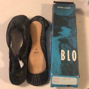 NIB Vintage Bloch Ballet slippers